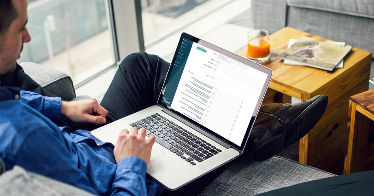WORDPRESS-PR-IMAGE-SM-Checklist-Mock-Up-Laptop